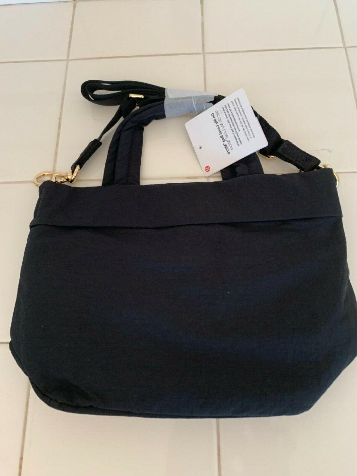 Lululemon my micro crossbody NEW!