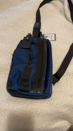 NEW Tumi Morado Sling Crossbody Bag Pack in Blue.