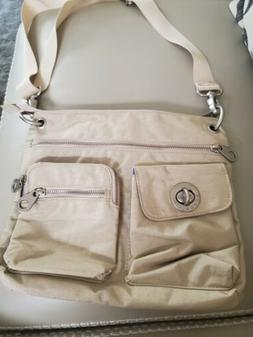 NWOT Baggallini Everywhere Crossbody Bag Travel Purse Large